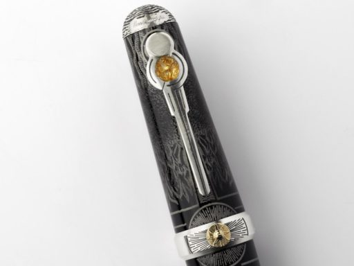 Montegrappa-The-Alchemist-Roller-Pen-Resin-_-Silver-ISAKNRAC-3_1024x1024