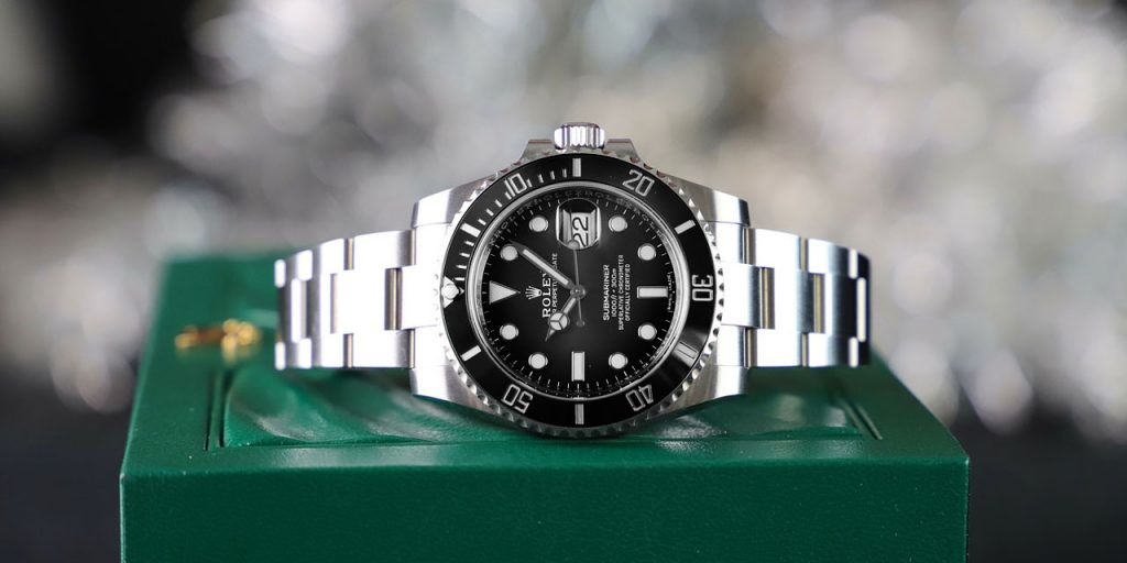 A Pre-Loved Rolex Submariner Will Complement Even the Classiest Suit You Could Wear